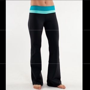 Lululemon Reversible Wide Yoga Pants Groove Sz 8